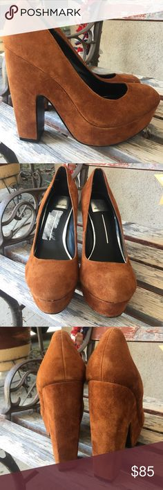 Dolce Vita platform suede heels size 7.5 Dolce Vita platform suede heels size 7.5. New without box. Partial price tag on footbed as pictured.☀️☀️☀️SALE☀️☀️☀️NO OFFERS☀️☀️☀️ Dolce Vita Shoes Platforms