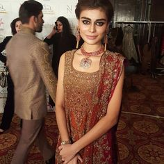 Loving the jewelry by #hamnaamirjewelry #TBCW2015 #THEHERITAGE #Aishaimran