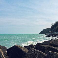 Io mi tuffo  voi che fate? Vi devo aspettare? #exploring #sea #ancona #blu
