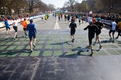 Paris Marathon's signs and displays powered by kinetic energy collected by tiles on the course!