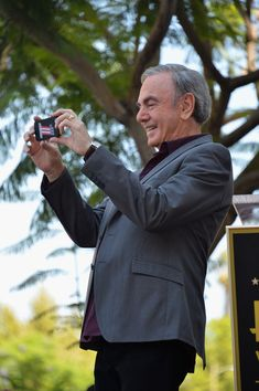 Neil Diamond Photos - Singer Neil Diamond attends a ceremony honoring him with the Star on the Hollywood Walk of Fame on August 2012 in Hollywood, California. - Neil Diamond Honored On The Hollywood Walk Of Fame Neil Diamond Songs, Neal Diamond, Diamond Music, Diamond Girl, Hollywood Walk Of Fame, In Hollywood, Hollywood California, The Jazz Singer, 60s Music