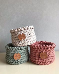 Make covers of trapillo or crochet rope pot ★★★★★ 373 Opinions . Crochet Bowl, Crochet Basket Pattern, Crochet Patterns, Diy Crafts Crochet, Crochet Gifts, Crochet Projects, Crochet Decoration, Crochet Home Decor, Crochet Storage