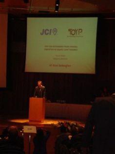 JCI TOYP ödül konuşmamdan bir kare http://www.alibabaoglan.com/blog/hakkimda/
