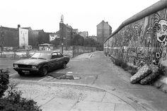 Kreuzung Adalbertstr. / Bethaniendamm 1987 (Berlin Kreuzberg) West Berlin, Berlin Wall, East Germany, Berlin Germany, Utopia Dystopia, Iron Wall, European History, Cold War, The Past