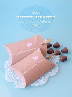 For My Sweetheart, a diy Valentine's Pillowbox - includes downloadable pdf in colour
