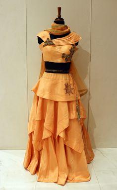 Old Fashion Dresses, Indian Gowns Dresses, Girls Dresses, Long Gown Dress, Lehnga Dress, Lehenga Choli, Designer Party Wear Dresses, Indian Designer Outfits, Kids Dress Wear