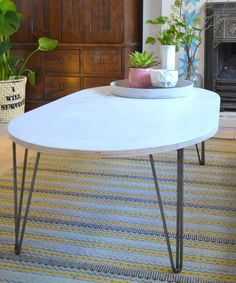 nostalgiecat: Mid Century Modern style Coffee table