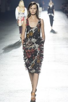 Sfilata Dries Van Noten Parigi -  Collezioni Primavera Estate 2014 - Vogue