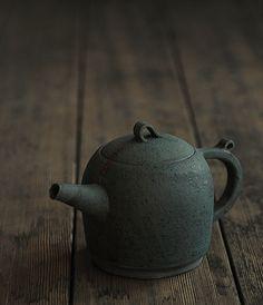 Takeshi Omura Teapot