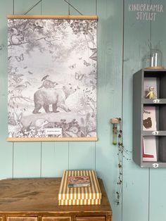 #Schoolplaat Pimpelmees via Little & Pure / Foto Kinderkamerstylist.nl Kids Poster, Boys Room Decor, Kids Rooms, Posters, Illustrations, Pure Products, Kidsroom, Poster, Illustration