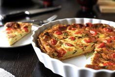 Quiche z pomidorkami i świeżą bazylią - Dania główne | WrzącaKuchnia