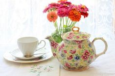 My Cozy Corner: Chintz Tea Time