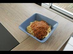 sauce bolognaise au thermomix facile et rapide Sauce Bolognaise, Sauces, Food, Kitchens, Recipes, June, Meat, How To Make, Essen