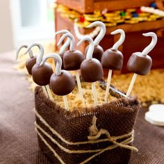captain hook's cake pops