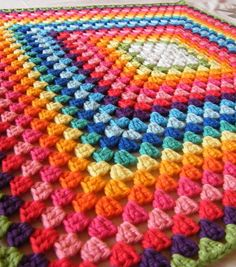 Annie's Place: Country Walks and Granny Stripe Crochet Overload Granny Stripe Crochet, Granny Stripe Blanket, Crochet Blocks, Crochet Blanket Patterns, Love Crochet, Crochet Afghans, Crochet Stitches, Knit Crochet, Granny Square Bag