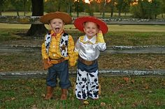 Amazing Halloween Costume Ideas For Toddler Siblings*Jessie and Woody!*