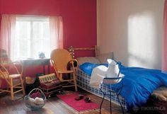 Romantiikkaa | Makuuhuone - Tikkurila Oyj | Kotimaalarit | Ideat ton värinen seinä jossain vois olla kiva :)
