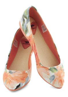 Pointing the Way Flats in Floral - Flat, Floral, Variation, Multi, Orange, Grey, White, Casual