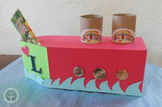 Green Craft: Upcycled Boat Mailbox for Valentine's Notes. Kids Boat, Kids Up, Boat Crafts, Crafts For Kids, Crafty Craft, Crafting, School Holiday Programs, Mailbox Ideas, Green Craft