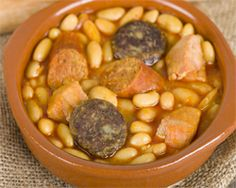 Spanish beans with black pudding and chorizo Chorizo, Spanish Beans, Black Pudding, Cooking Dried Beans, Chana Masala, Pot Roast, Cooking Recipes, Dishes, Vegetables