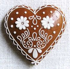 Today we are looking at Moravian and Bohemian gingerbread designs from the Czech Republic. Back home, gingerbread is eaten year round and beautifully decorated cookies are given on all occasions. Icing For Gingerbread Cookies, Christmas Sugar Cookies, Cookie Icing, Valentine Cookies, Christmas Gingerbread, Gingerbread Houses, Fancy Cookies, Iced Cookies, Chocolate Cookies