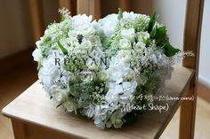 하트쉐입(Heart Shape)_[플라워스쿨,루시안]전문가반 플라워레슨 :: 네이버 블로그 Heart Flower, Flower Decorations, Flower Arrangements, Wedding Flowers, Table Settings, Hearts, Floral Decorations, Floral Arrangements, Floral Headdress