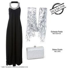 Echarpe prata com bolsa clutch strass e vestido longo preto é risco zero. #lookbasico #naotemcomoerrar #chademulher