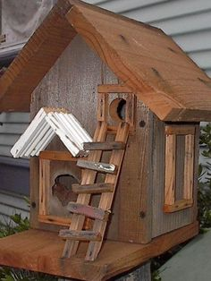 Out of this world Birdhouse!