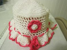 Hat for a little girl pink and white. by AmigasDeDeo on Etsy, $8.00