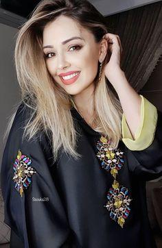 Hijab Dress, Caftan Dress, First Birthday Outfit Girl, Arabic Dress, Kurti Patterns, Moroccan Caftan, Hair Designs, Hijab Fashion, Girl Outfits