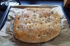 The world's best flatbread - Hamburger Camembert Cheese, Food And Drink, Butter, Desserts, Tortilla, Juni, Breads, Muffins, Pizza