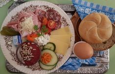 Opa pikant Eggs, Cheese, Breakfast, Food, Good Times, Morning Coffee, Essen, Egg, Meals