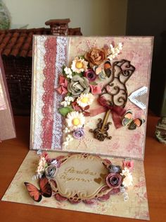 Laura's Card - Scrapbook.com