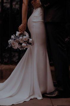 Wedding Goals, Wedding Pics, Wedding Day, Classy Aesthetic, Couple Aesthetic, Wedding Dress Necklines, Dream Wedding Dresses, One Shoulder Wedding Dress, Marie