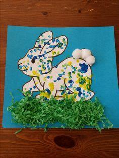 ideas for kindergarten art projects easter kids Toddler Art, Toddler Crafts, Preschool Crafts, Holiday Crafts For Kids, Easter Crafts For Kids, Bunny Painting, Cotton Painting, Kindergarten Art Projects, Diy Ostern