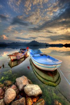 Boats and horizon <3