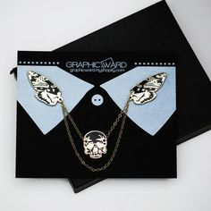 Death's Head Moth Collar Pin Set by graphicward on Etsy I like, but not the skull, a bit much Cute Jewelry, Jewelry Accessories, Jewelry Design, Deaths Head Moth, Skull Hand, Jacket Pins, Cool Pins, Hard Enamel Pin, Pin And Patches