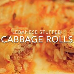 Stuffed with a mixture of white rice, ground beef and Mediterranean spices, these cabbage rolls are cooked in tomato sauce and spiced with lemon, mint and garlic. Cabbage Recipes, Mexican Food Recipes, Beef Recipes, Cooking Recipes, Healthy Recipes, Arabic Recipes, Best Cabbage Recipe, Rice Recipes, Easy Cabbage Rolls