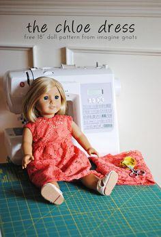 sewing: the chloe dress {free 18 doll dress pattern} - imagine gnats The chloe dress is a free 18 inch doll dress pattern to sew from imagine gnats. Sewing Doll Clothes, American Doll Clothes, Baby Doll Clothes, Sewing Dolls, Dress Sewing, Barbie Clothes, Doll Sewing Patterns, Doll Dress Patterns, Pattern Sewing