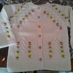 sis-orgusu-cok-sirin-bebekler-icin-orgu-modelleri mist-netting that-too-sirin-baby-on-the-organ models Baby Cardigan Knitting Pattern Free, Crochet Baby Cardigan, Baby Knitting Patterns, Knitting Designs, Baby Sweaters, Girls Sweaters, Diy Crafts Knitting, Owl Crochet Patterns, Baby Pullover