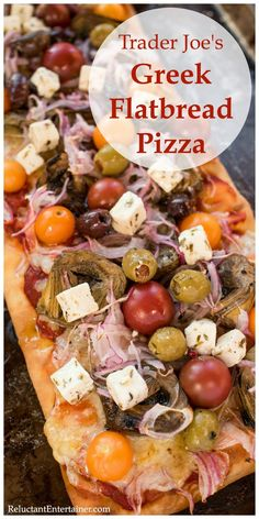 A quick pizza recipe, Trader Joe's Greek Flatbread Pizza for lunch, dinner, or appetizer bites. Great for Game Day made with your favorite Greek toppings! Pizza Appetizers, Healthy Appetizers, Trader Joe's, Flatbread Pizza Recipes, Grilled Flatbread Pizza, Greek Pizza, Grilled Artichoke, Quick Pizza, Mediterranean Recipes