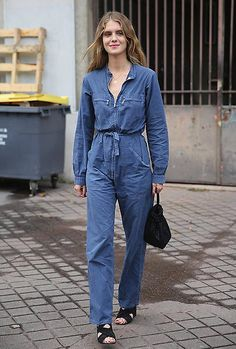 7 Casual-Cool Ways to Wear a Utility Jumpsuit Trendy Fashion, Fashion Outfits, Womens Fashion, Trendy Style, Fashion Styles, Style Bleu, Style Marocain, All Jeans, Jumpsuit Outfit