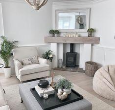 Living Room Decor Cozy, Cottage Living Rooms, Elegant Living Room, Beautiful Living Rooms, New Living Room, Living Room Interior, House Rooms, Home And Living, Log Burner Living Room