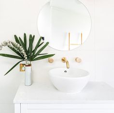 If you've been following us for a while, you'll know that we love the simplicity of an all-white bathroom!  Check out this gorgeous design by one of our NZ based customers, Ash Road.   White is always going to be a staple palette when it comes to bathrooms, so the best way to add modern touches is with your tapware, basin, tiles and styling pieces.  Do you love a classic all-white bathroom like us?  🛒 ABI Featured Products - Milani Assembly Mixer & Spout Set in Brushed Brass  Bathroom Tapware, Bathroom Renos, Laundry In Bathroom, Bathroom Renovations, Brass Bathroom, All White Bathroom, White Bathrooms, Beautiful Bathrooms, Bathroom Interior Design