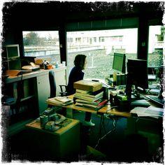 Roos van der Lint aan het werk