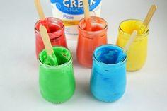 basteln-mit-2jährigen-diy-essbare-fingerfarben