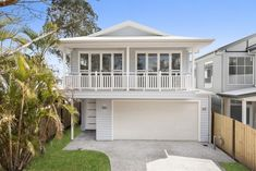 Comfortable and luxury home on a narrow lot, with 5 bedrooms & 2 living areas.