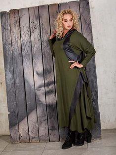 Коллекция женской одежды больших размеров российского бренда EVA collection зима 2018