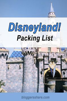 Headed to Disneyland? Check out our packing list for things you need while at Disneyland! Great tips for traveling to Disneyland with kids. Walt Disney Vacations, Disneyland Tips, Disneyland Paris, Disney Cruise, Disney Trips, Best Vacation Destinations, Best Vacation Spots, Best Selfies, Packing List For Travel