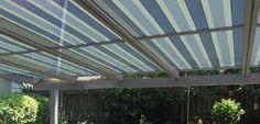 Afbeeldingsresultaat voor glazen dak met zonnescherm